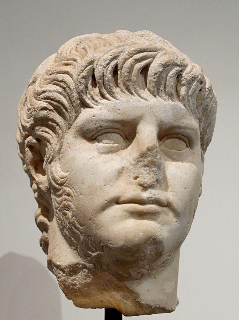 Nero The splendor before the dark